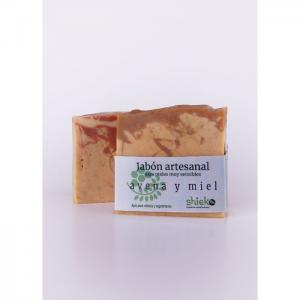 Handmade oatmeal and honey soap - Shieko Cosmética Natural