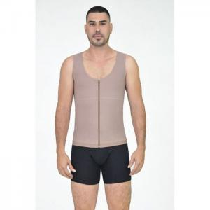Man reducing postquirurgical vest - odissea