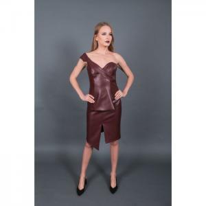 Corset burgubdy and asymmetric skirt - martha fadel